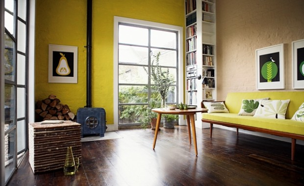 Dulux Velvet Touch Diamond Glo True Yellow